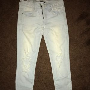 Womens American Eagle ripped jeans